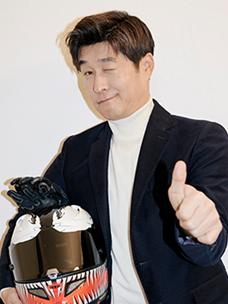 """어쩌다어른의 김상중, """"인생은 도전의 연속이죠!"""